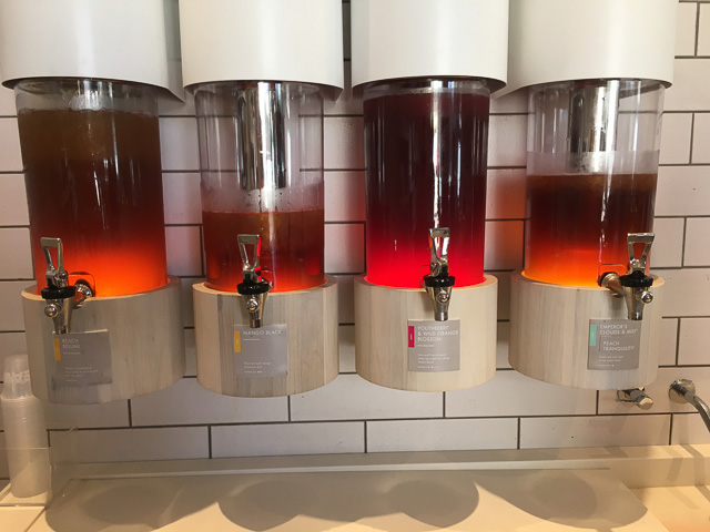 teavana-broadway-plaza-inside-iced-tea