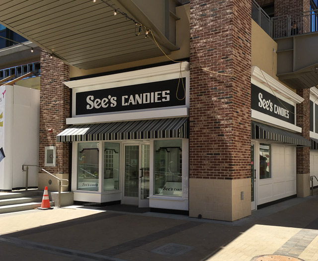 sees-candies-broadway-plaza-outside-backside