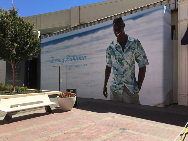 tommy-bahama-broadway-plaza-outside-dev