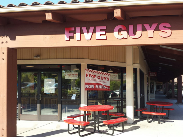 five-guys-alamo-outside