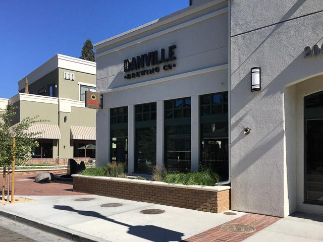 danville-brewing-co-outside
