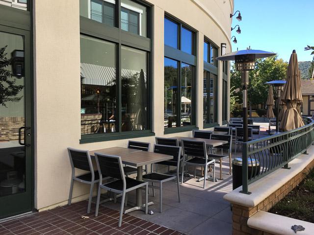 danville-brewing-co-patio