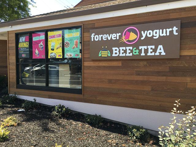 forever-yogurt-bee-tea-walnut-creek-outside-dev