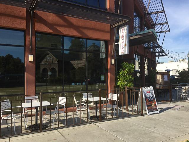 310-eatery-walnut-creek-n-main-outside