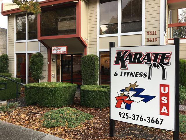 karate-fitness-lafayette-outside