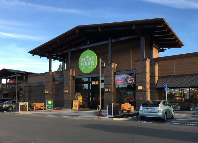 whole-foods-encina-grande-outside