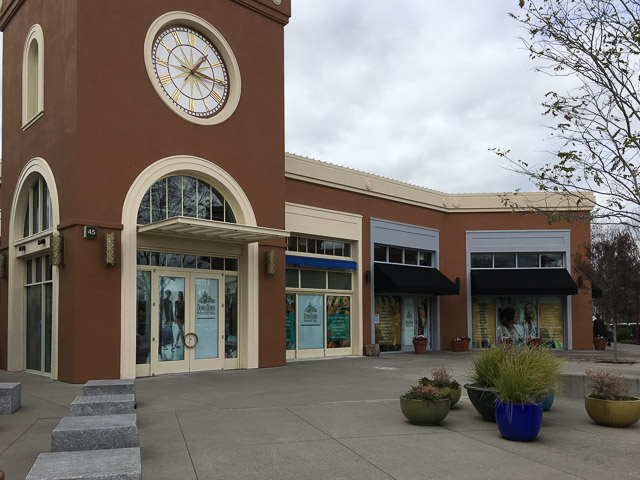 Downtown Pleasant Hill Shopping Center